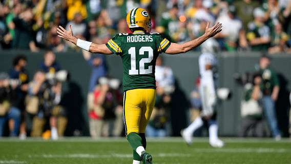 QB Aaron Rodgers posted a perfect passer rating of 158.3.