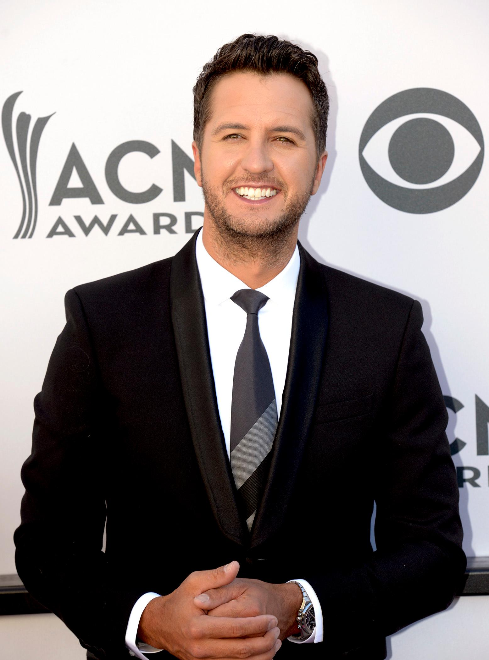 Luke Bryan host of the Academy of Country Music Awards walks the red carpet at T-Mobile Arena. Sunday, April 2, 2017. (Glenn Pinkerton/ Las Vegas News Bureau)