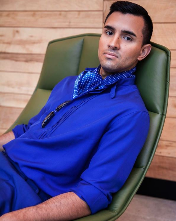 IMAGE: IG user @diegodowntown / POST: It's not turquoise, it's not lapis, it's actually @ferragamo cerulean. Click the link in my bio to see the rest of my SPRING IN THE CITY editorial spread in this month's @washingtonlife magazine. (Photo by @donniegerald)