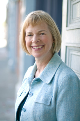 Elizabeth Atcheson is the founder of Blue Bridge, a career counseling practice in Seattle that focuses – through workshops and individual coaching – on helping clients make career changes or start their careers.  (Image: Blue Bridge)