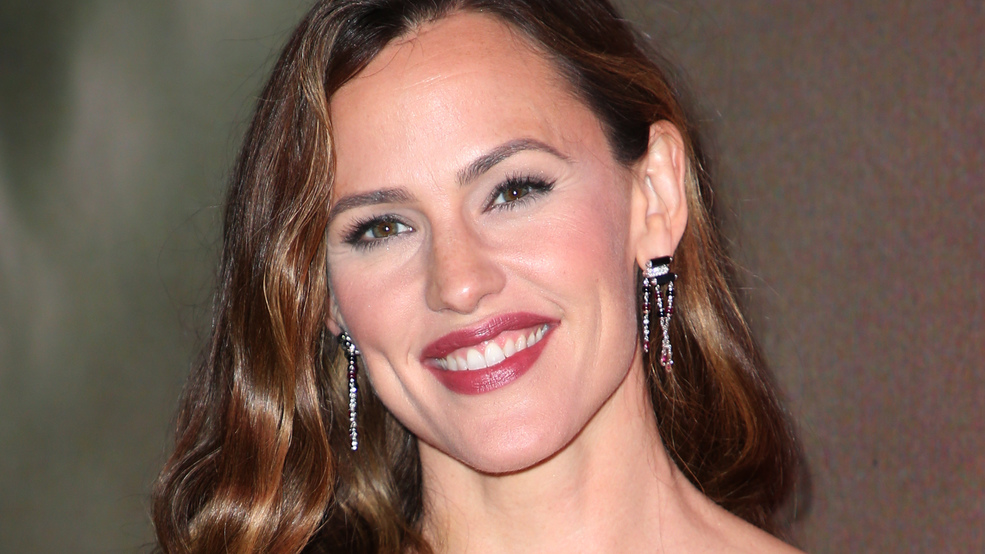 Jennifer Garner approves 'adorable' Thank U, Next tribute