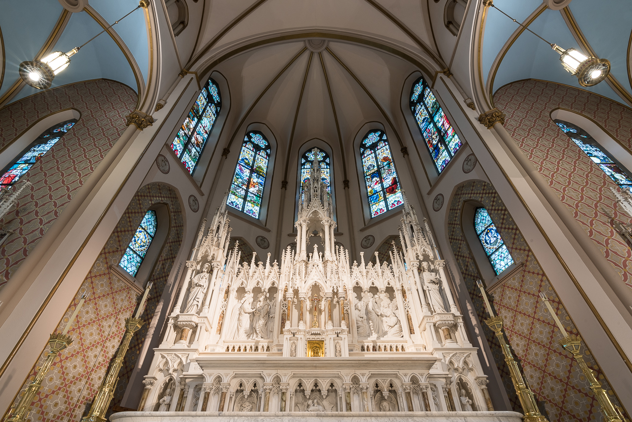 The altar, considered one of the finest in the U.S., is made of Rutland marble. When it was sculpted by Fred and Henry Schroeder in the 1880s, it cost $20,000 (which would be over $500,000 today). / Image: Phil Armstrong, Cincinnati Refined // Published: 7.17.18