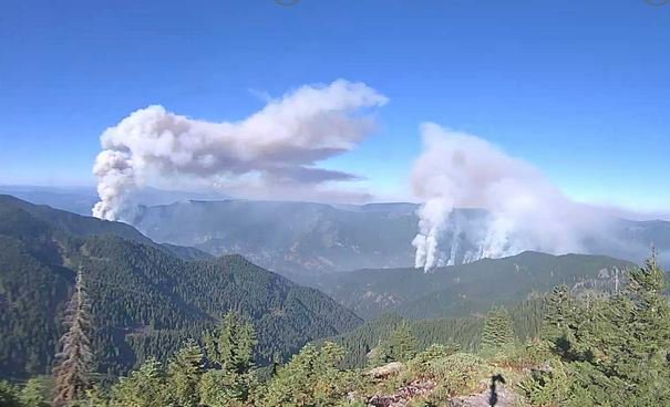 Eagle Creek fire and Indian  Creek fire (photos from Mt. Hood National Forest)
