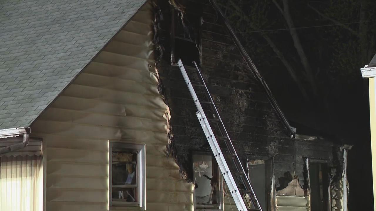 One man was killed in an early morning house fire in east Columbus. A second man was able to get out of the home safely (WSYX/WTTE)