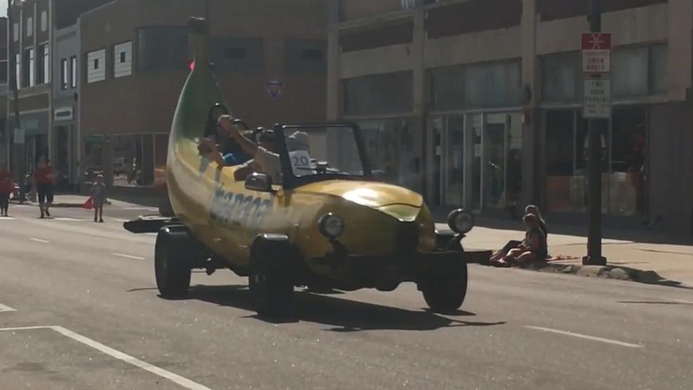 Adams County Fair kicks off with parade
