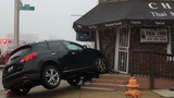 PICS | Car crashes into NE Baltimore restaurant