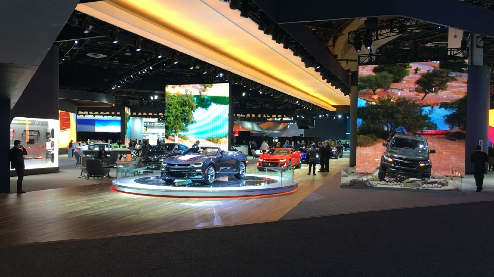 Technology takes center stage at Detroit auto show