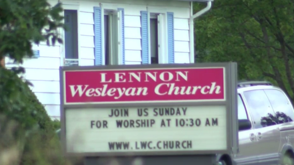 Lennon church funeral service.PNG