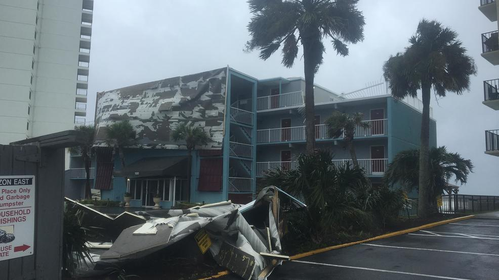 wind from irma blows roofing off of garden city inn - Garden City Hotel