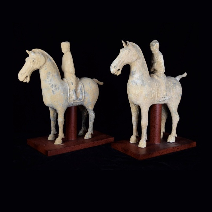 Pair of Chinese Han Dynasty Pottery Horses with Riders on Custom Made Stands / Image courtesy of Everything But The House // Published: 10.15.16