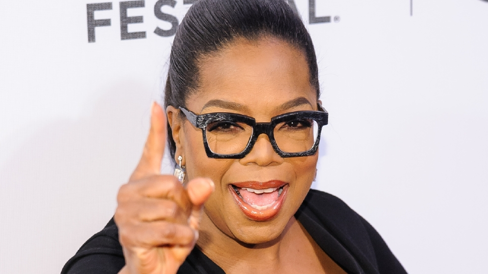 Oprah says Kelly Ripa should have been told about co-host's exit