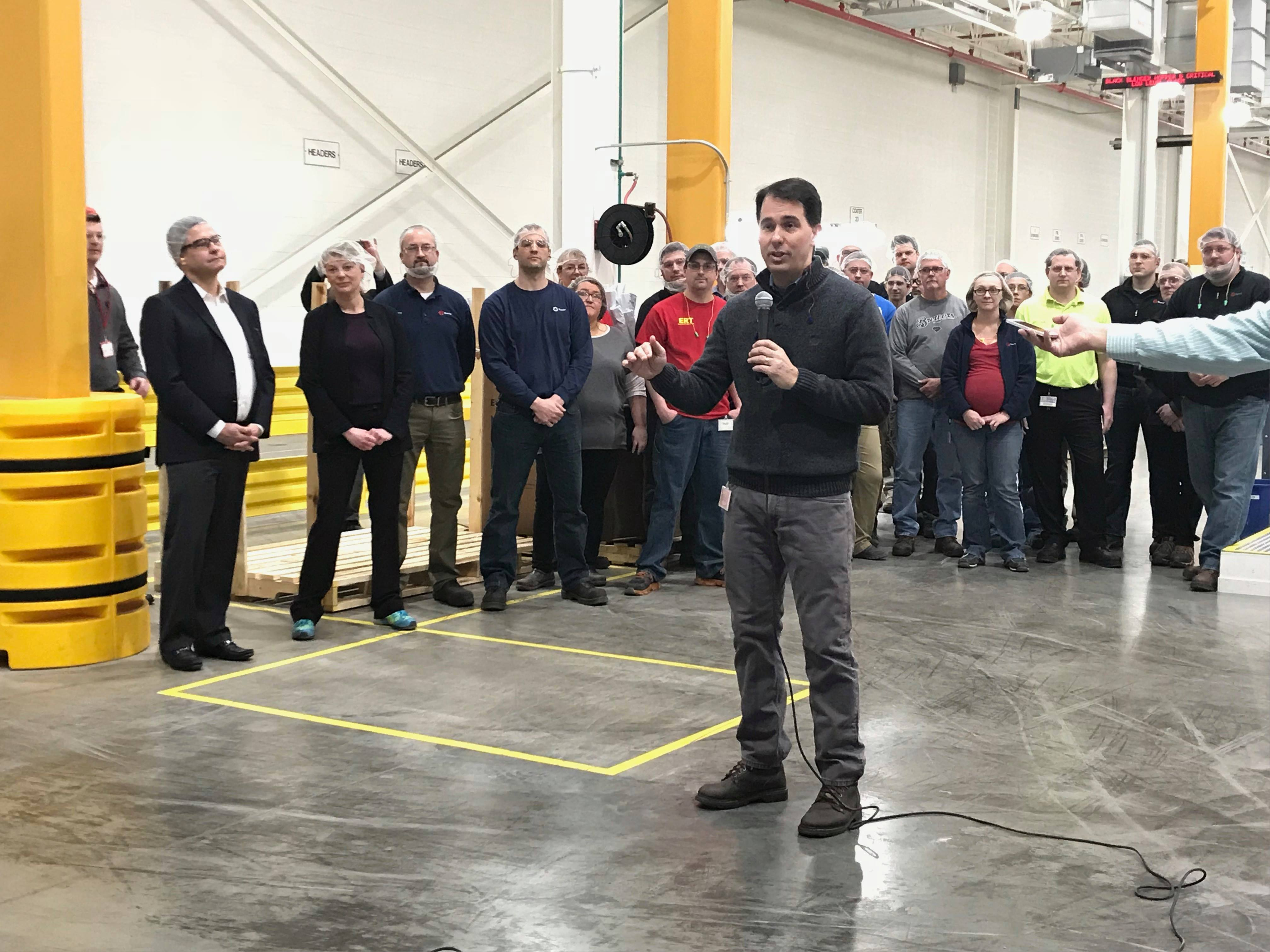 Gov. Scott Walker visits Bemis in Oshkosh to talk about tariffs, March 6, 2018. (WLUK/Pafoua Yang)