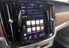 2017 Volvo S90 Apple CarPlay.JPG