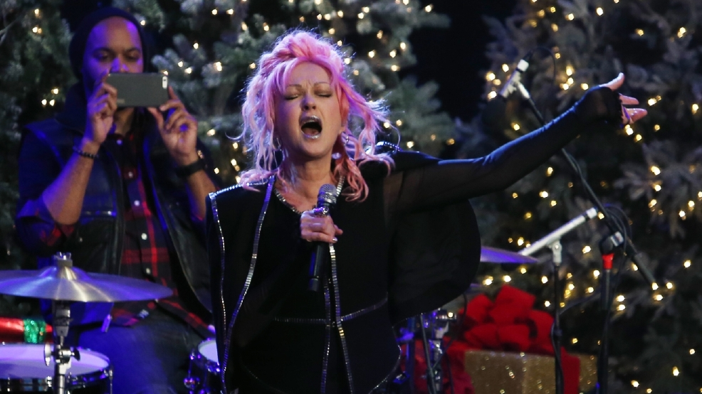 GALLERY: Hollywood Christmas Parade brings holidays into full swing