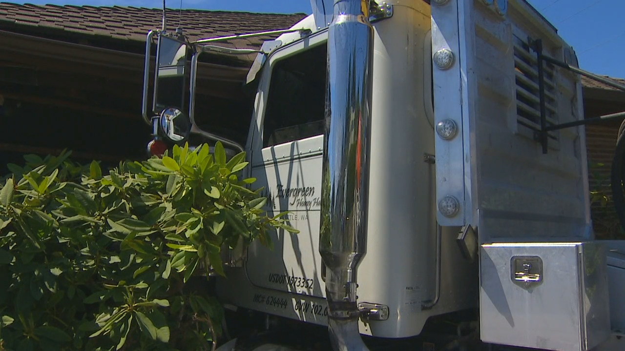 A semi truck without a driver crashed into a home in Edmonds Monday, June 18, 2018. (Photo: KOMO News)