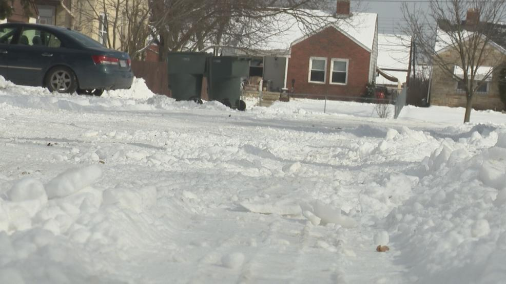 <p>24 hours after a major  snowfall, Columbus neighborhoods now anxiously awaiting to see city plows clear their streets</p>
