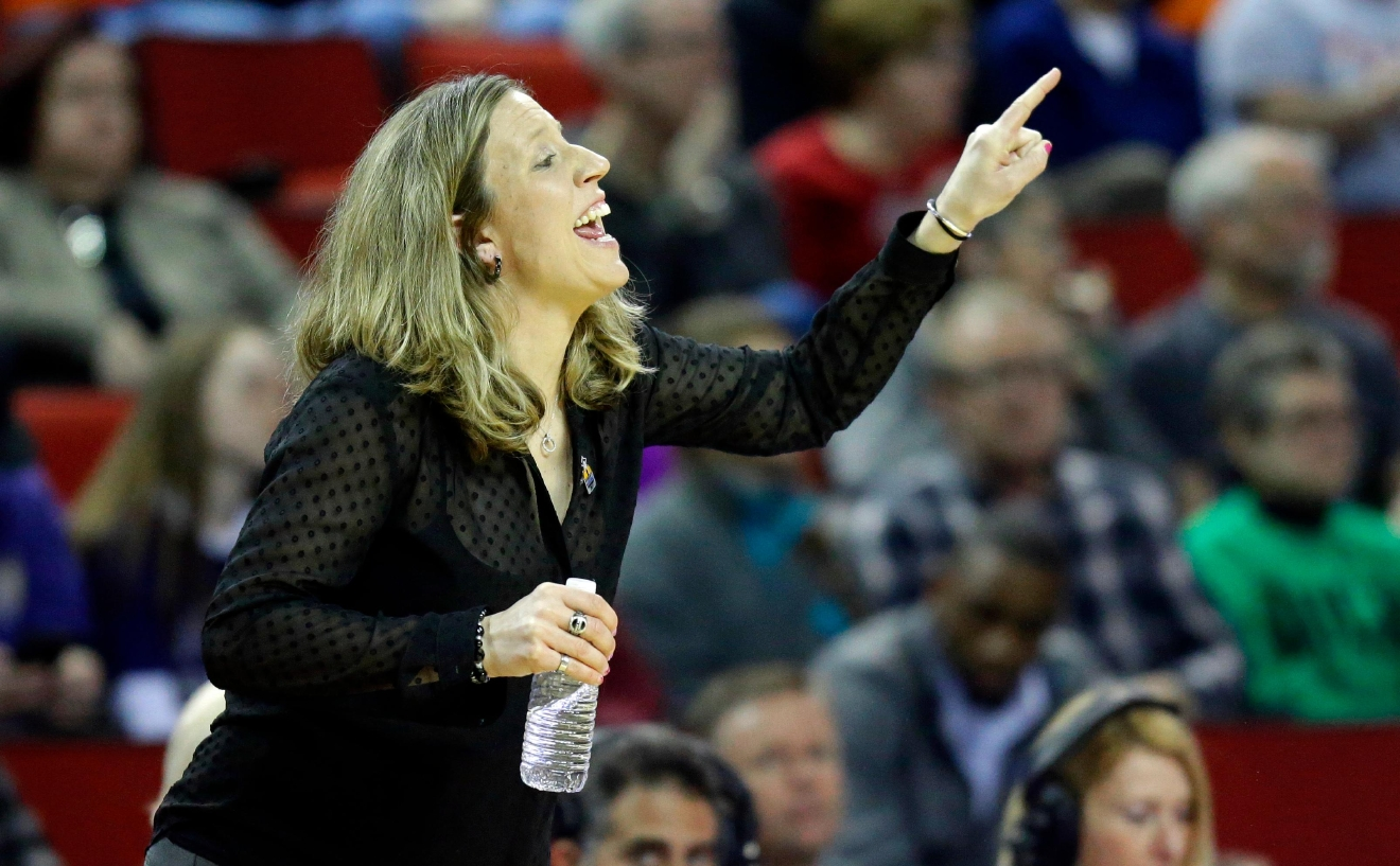 California head coach Lindsay Gottlieb calls to her team in the first half of an NCAA college basketball game against Oregon State in the Pac-12 Conference tournament, Friday, March 3, 2017, in Seattle. (AP Photo/Ted S. Warren)