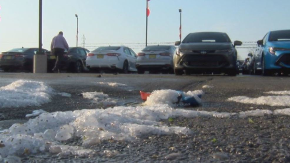 Toyota Danville Il >> Hail Storm In Vermilion County Causes Major Damage To Cars Wrsp