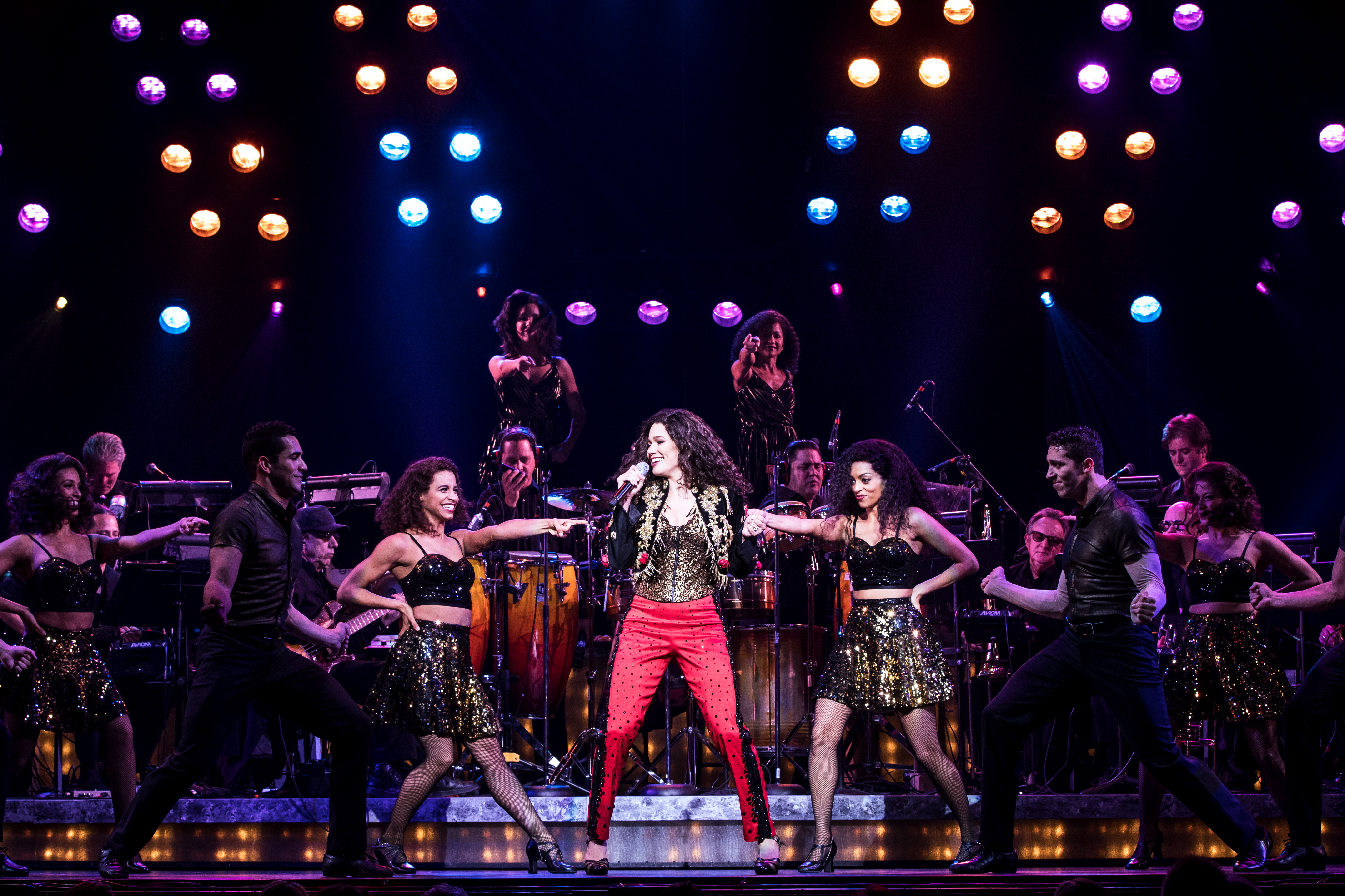 Christie Prades as Gloria Estefan and Company, ON YOUR FEET! © Matthew Murphy<p></p>