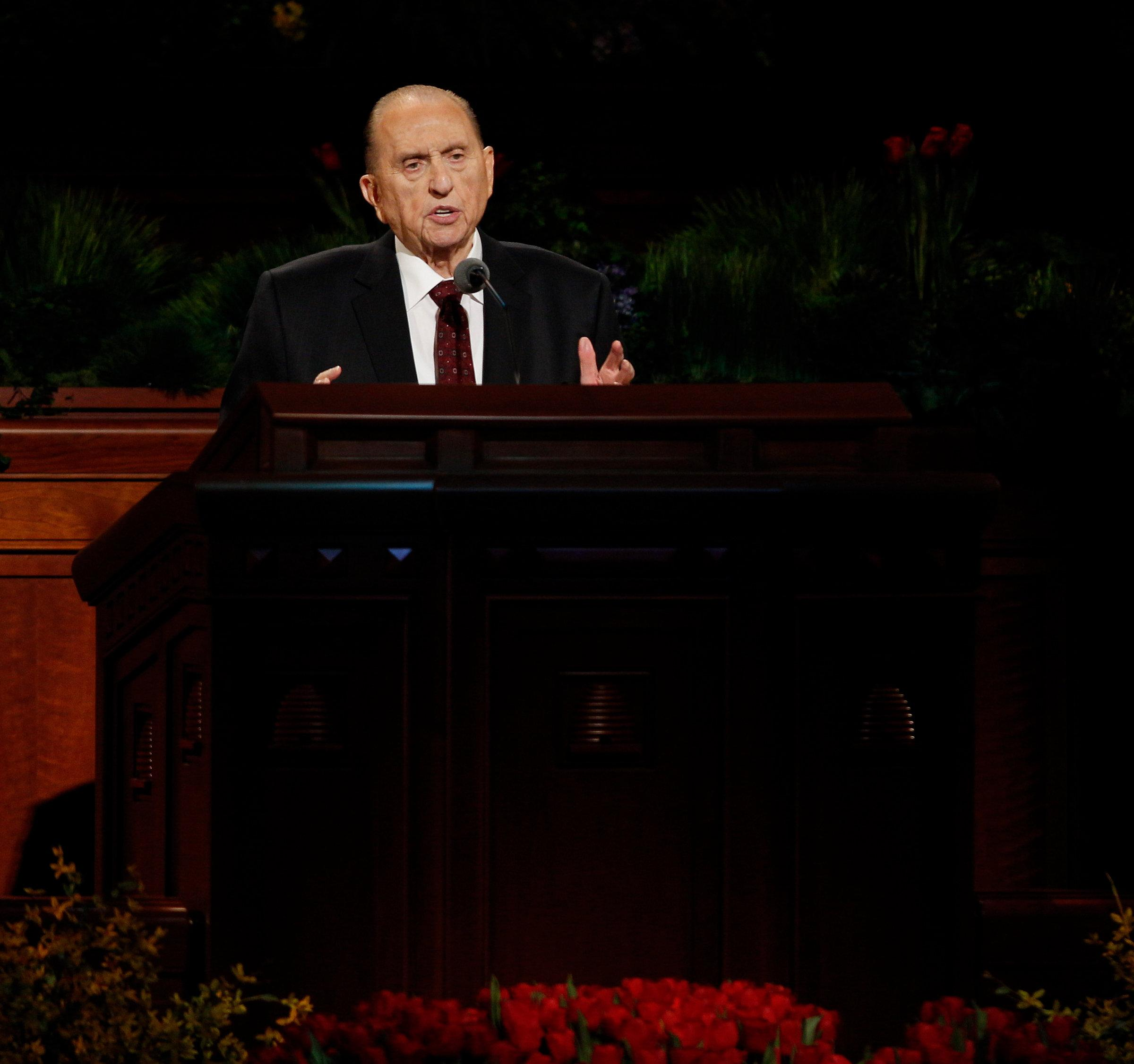 President Thomas S. Monson speaks during the 185th annual general conference of the Church in April 2015. (Photo: MormonNewsroom.org)<p></p>