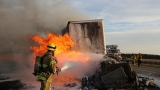 Semi fire closes I-5 northbound