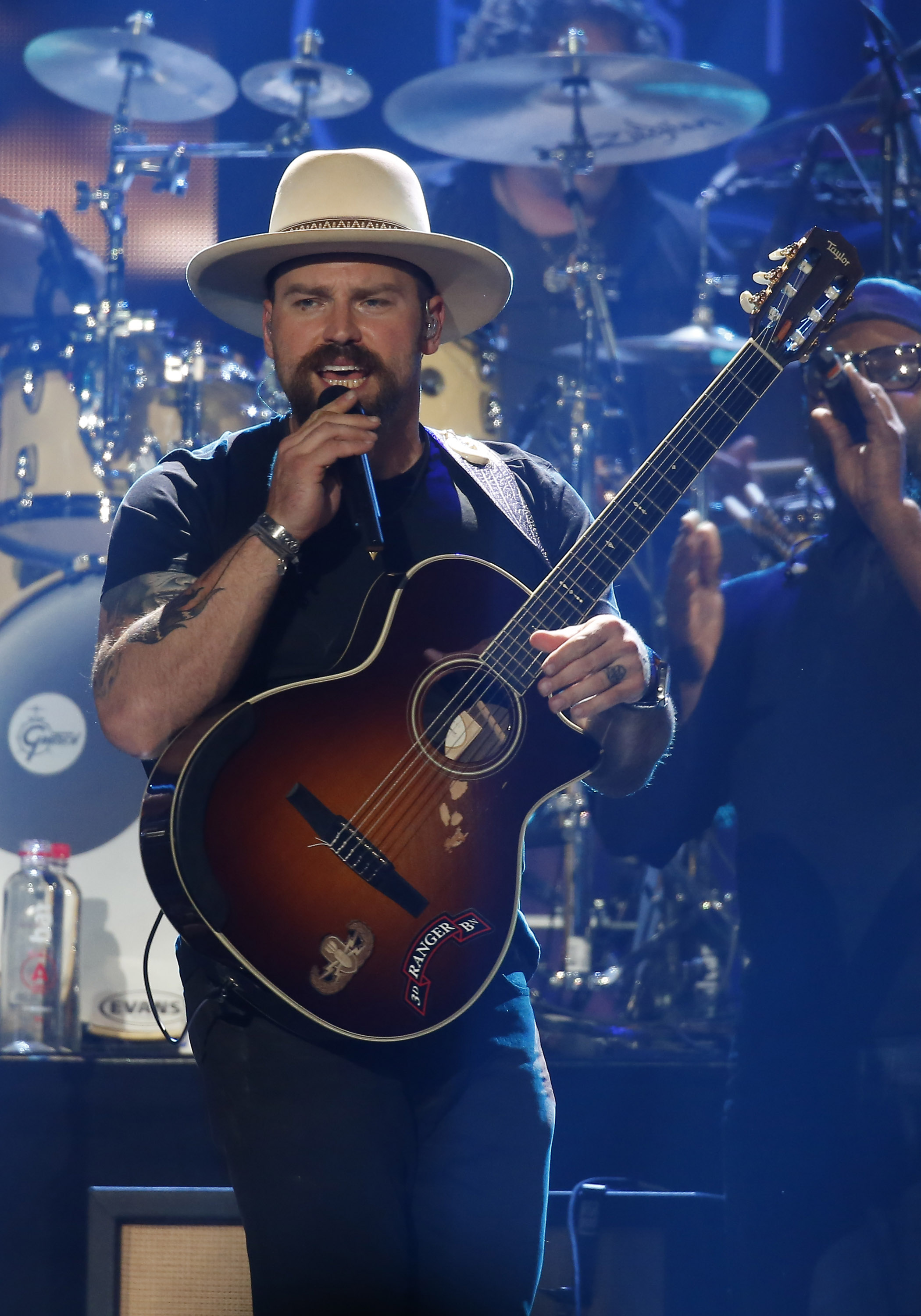 Singer Zac Brown Makes Hospital Visit To Pennsylvania Teen