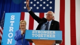 Sanders has book deal; will reflect on campaign