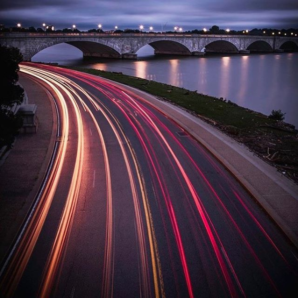 These light trails by the Potomac are mezmorizing! (Image via @smyph)