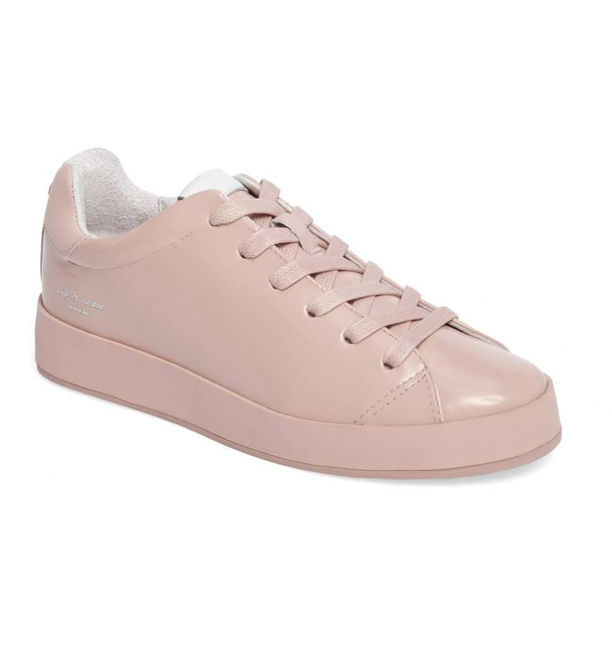 Low-Top Sneaker (Nordstrom)<p></p>