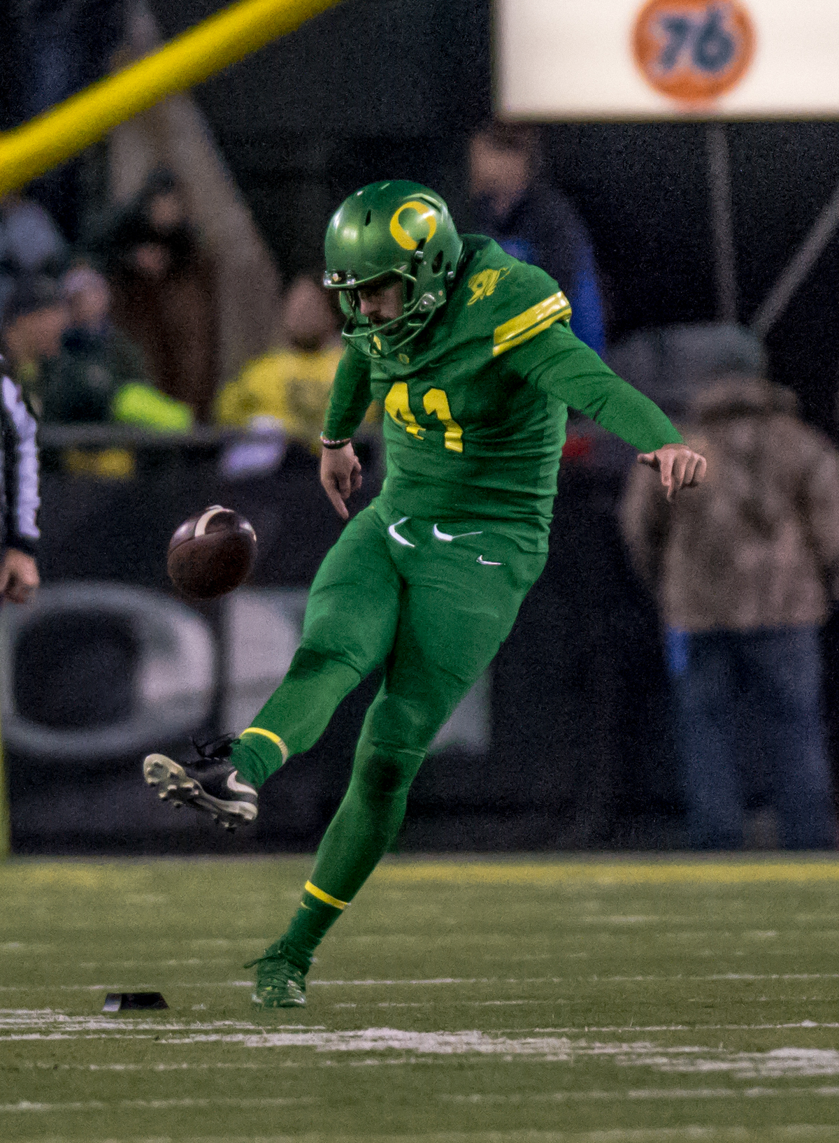 Oregon kicker Aidan Schneider (#41) kicks off the ball during the second half. The Oregon Ducks defeated the Oregon State Beavers 69 to 10 in the 121st Civil War game at Autzen Stadium in Eugene, Ore. on Saturday November 25, 2017. Photo by Ben Lonergan, Oregon News Lab