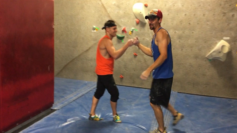 Iowa Cousins Compete to Become American Ninja Warrior
