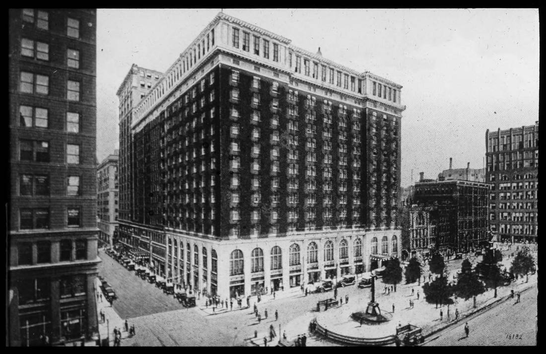On the western edge of Government Square is the SW corner of Fifth and Walnut Streets. Shown here is the Gibson Hotel, a 1,000-room inn that had been built in 1912 following a fire that destroyed its previous incarnation. It was demolished in 1977 for US Bank Tower and the Westin Hotel across from Fountain Square. / From the collection of the Public Library of Cincinnati and Hamilton County - Joseph S. Stern, Jr. Cincinnati Room / Image courtesy of the Public Library of Cincinnati and Hamilton County // Published: 9.27.18