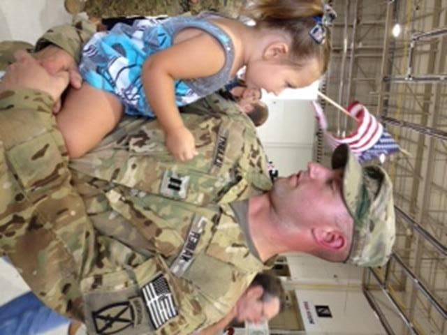 On Tuesday, 50 members of the Oklahoma National Guard avidators returned from a tour of duty in Afghanistan. FOX 25 was there as families reunited.