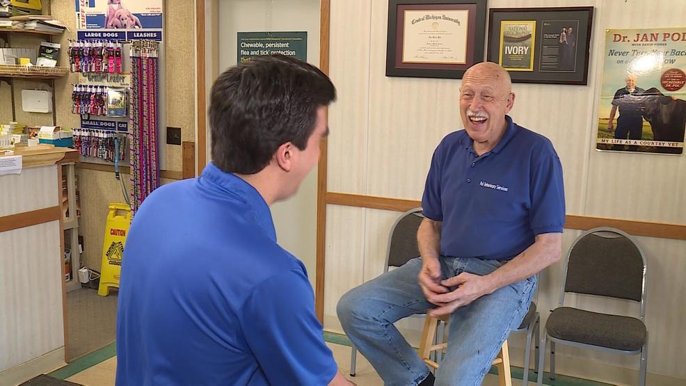Meet the Incredible Dr  Pol | WSMH