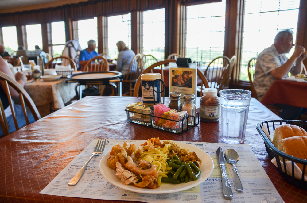 Der Dutchman Restaurant (Walnut Creek, Ohio)  --  Ohio Amish Country, a picturesque portion of east-central Ohio, is a place where time slows down. Come ready to be restored. [Image: Sherry Lachelle Photography]