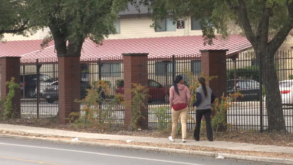 1415ecb34e638 Woman trying to break lease after four people are shot at apartment complex    KABB