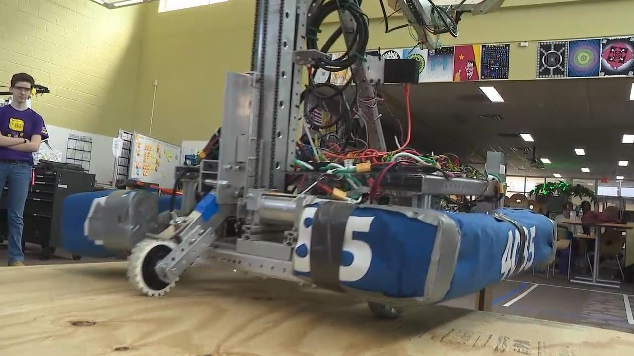 Reynoldsburg high school students built two robots in preparation for a competition against other Midwestern teens (WSYX/WTTE)<p></p>