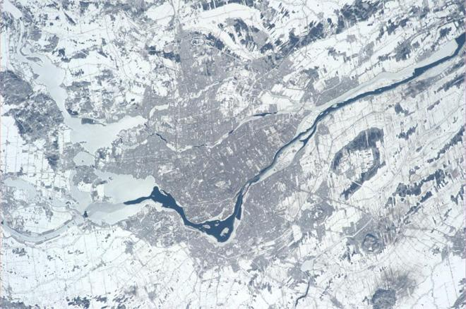 Clear view of Montreal, Canada.  Reminds me of our great training trips to the  Canadian Space Agency in St. Hubert (Photo & Caption courtesy Koichi Wakata (@Astro_Wakata) and NASA)