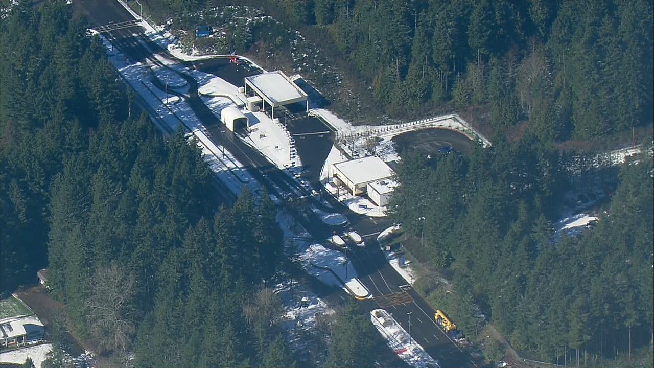No explosives were found at the nuclear submarine base at Bangor, which closed Thursday after a suspect drove onto the base and claimed to have an explosive device, Thursday Feb. 22, 2018. (Photo: KOMO News/Air 4)