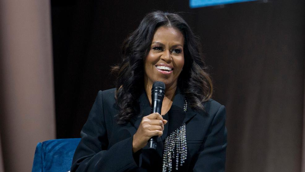 Thousands fill Capital One Arena for Michelle Obama's 'Becoming
