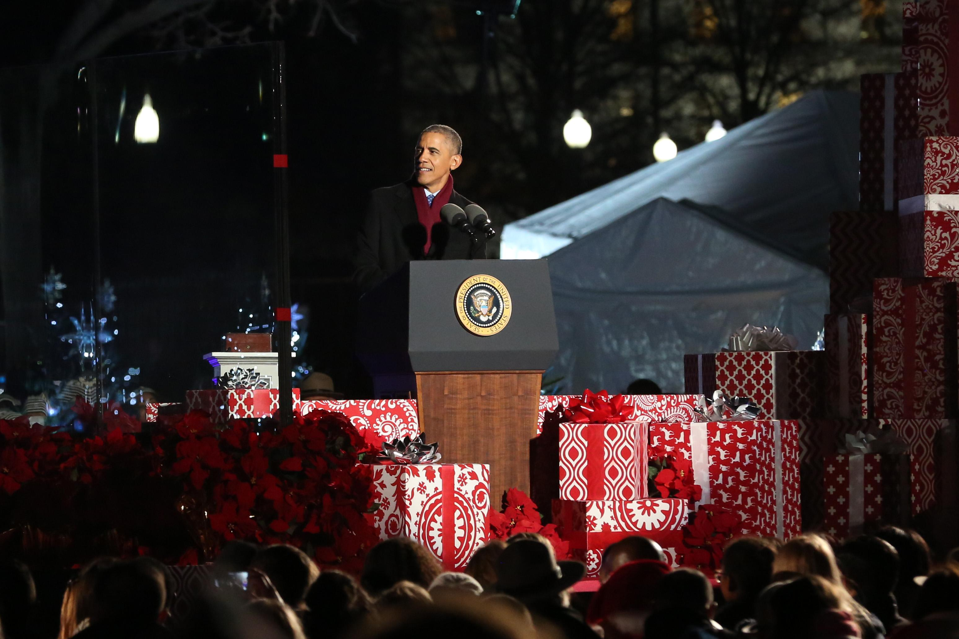 President Obama's final White House tree lighting ceremony, December 2016. (Amanda Andrade-Rhoades/DC Refined)