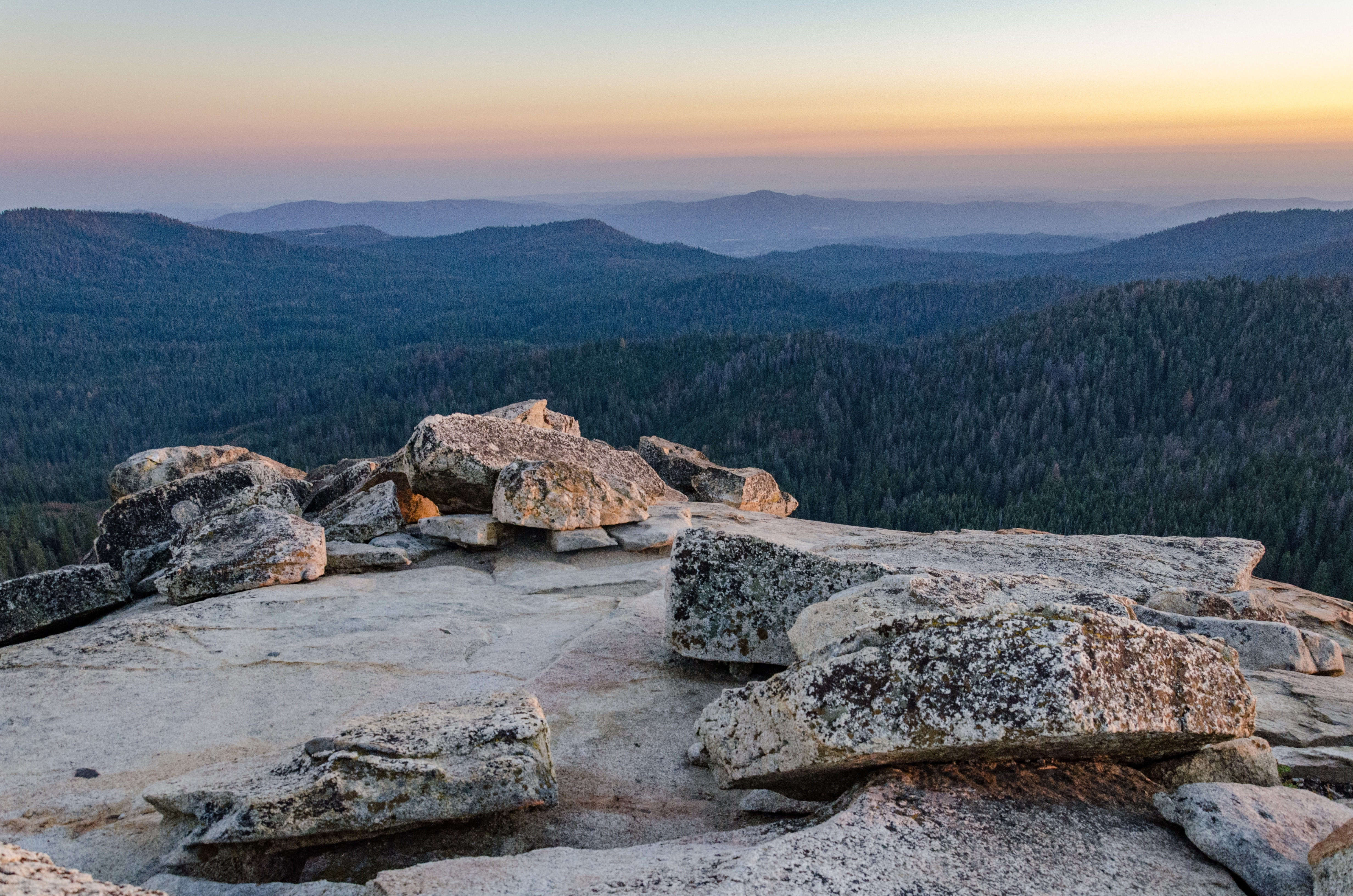 Another nearby highlight is a short, half-mile hike to the top of Fresno Dome.