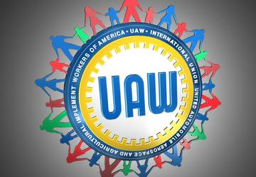 UAW workers vote to authorize strikes against Detroit 3