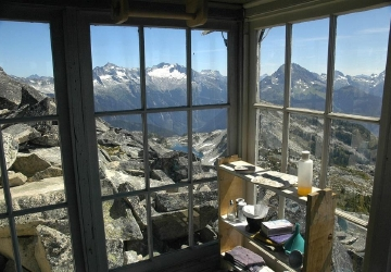 Hidden Lake Lookout Hike To A Cabin In The Clouds
