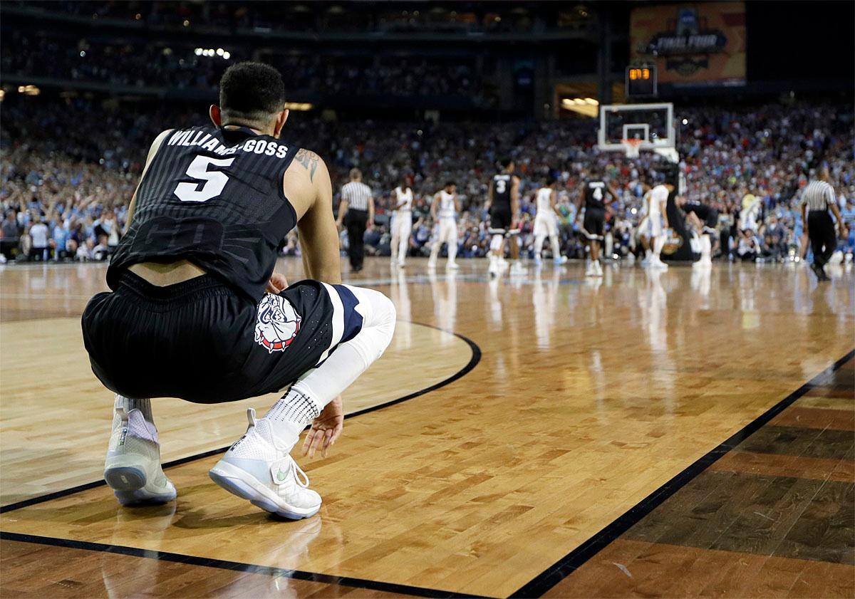 Gonzaga's Nigel Williams-Goss (5) watches in the final seconds of the the finals of the Final Four NCAA college basketball tournament against North Carolina, Monday, April 3, 2017, in Glendale, Ariz. North Carolina won 71-65. (AP Photo/Mark Humphrey)