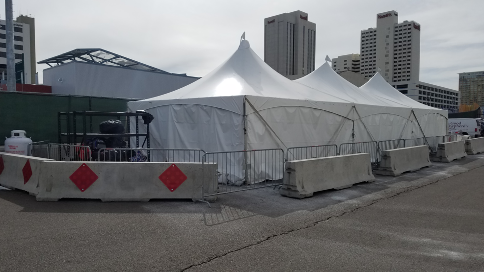 Heated homeless tent opens up during frigid winter days & Heated homeless tent opens up during frigid winter days | KRNV