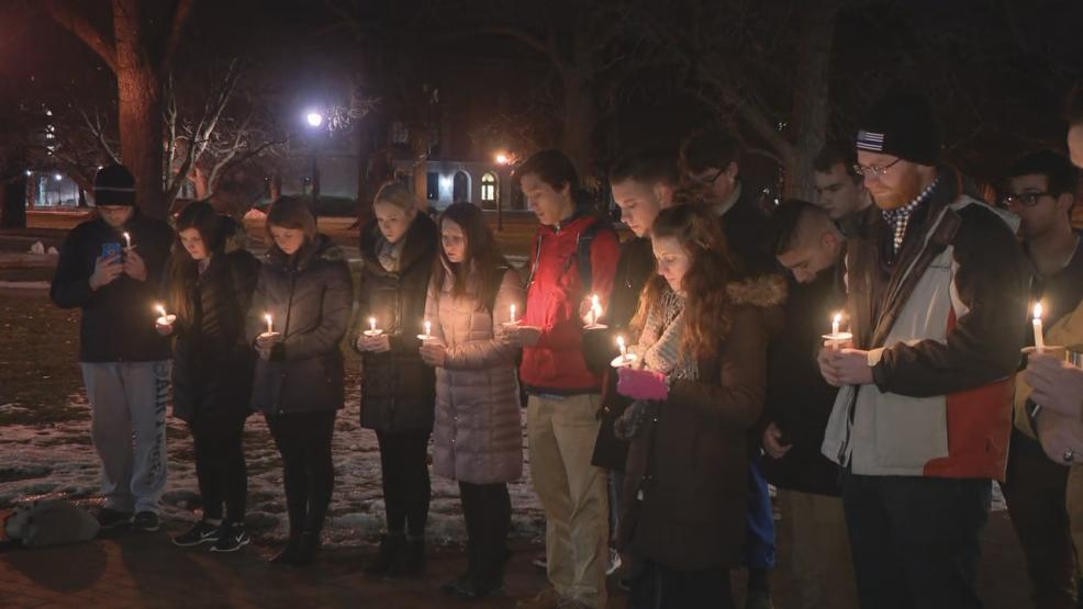 Around 30 OSU students and alumni gathered in front of Thompson Library on The Ohio State University's campus Monday night to honor Westerville Police Officers Anthony Morelli and Eric Joering. (WSYX/WTTE)