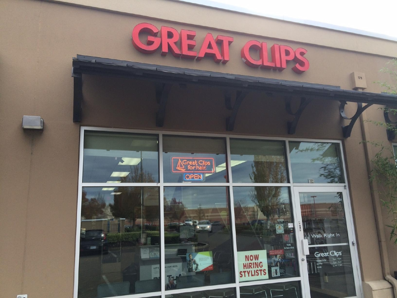 "Kimberly Fizznoglia at a nearby Great Clips had hoped for an uptick in business, too.  ""It's kind of sad because we were probably hoping we would get more of that flow from that building,"" she said. (SBG)"