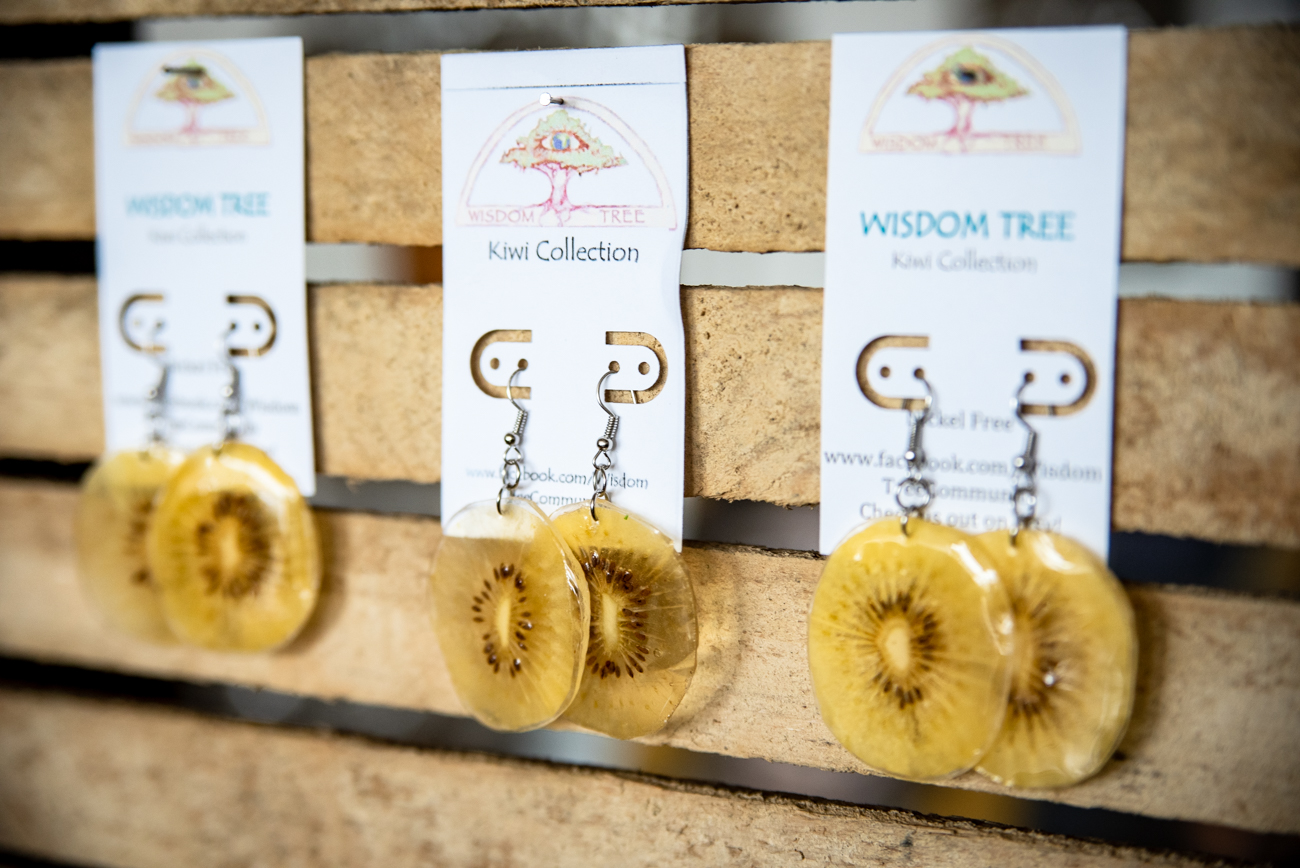 Kiwi earrings made by Di Del Pilar Cendales from her brand Wisdom Tree / Image: Melissa Sliney // Published: 6.26.19