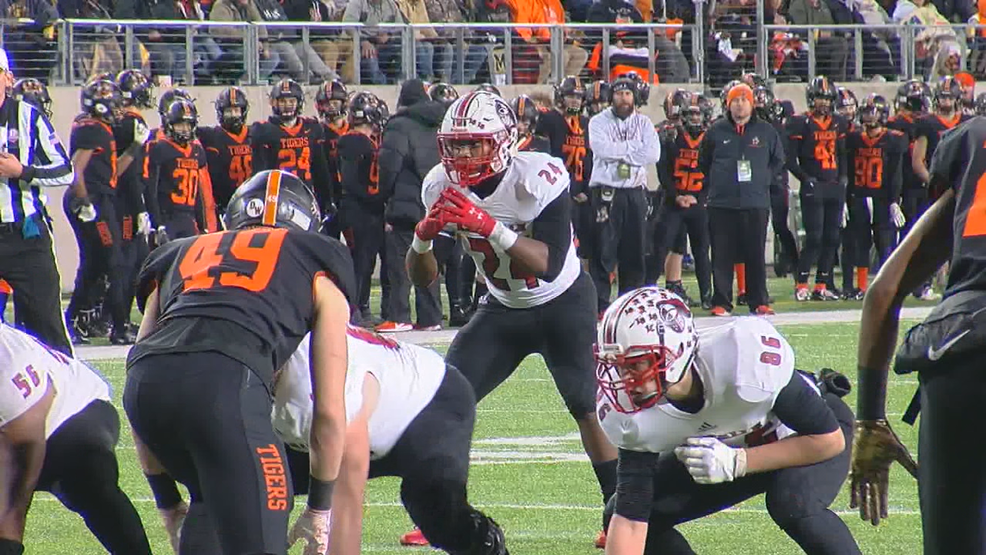 La Salle Lancers win 4th state football title in a decade, beat Massillon Washington 34-17
